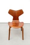 Twee Arne Jacobsen Teak Grand Prix stoelen