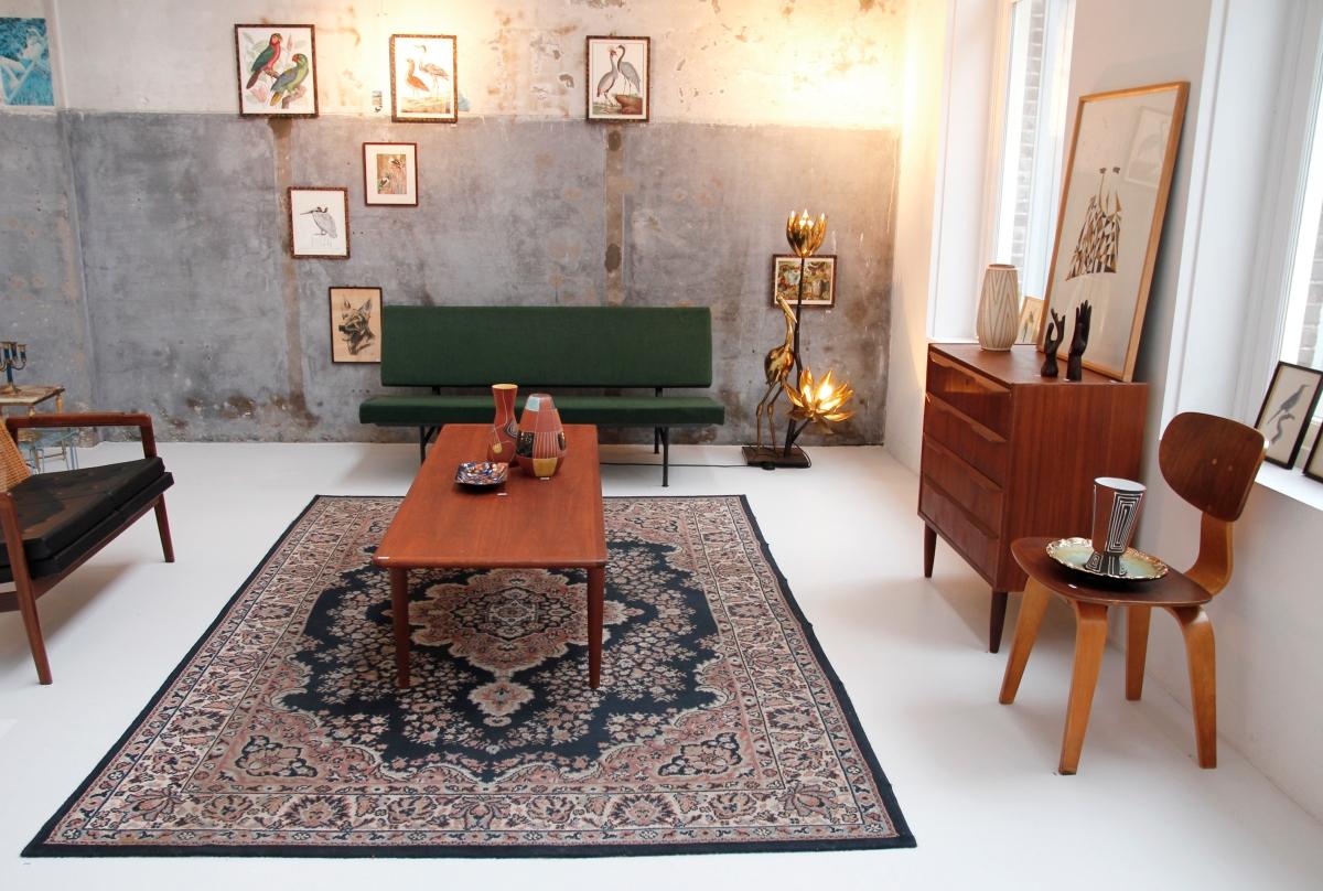 Deens Design Vintage Bank.Van Ons Vintage Deens Design Kast En Gispen Bank Op De Gevonden Op
