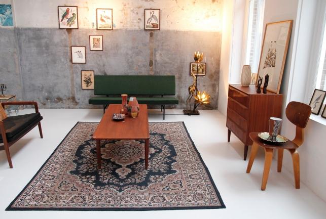van OnS vintage deens design kast en Gispen bank op de gevonden op marktplaats salon looiersgracht Amsterdam