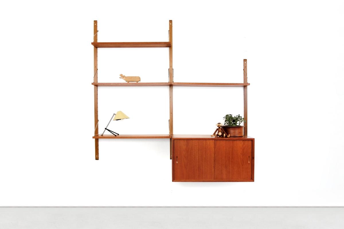 #A54F2623634808 Vintage Poul Cadovius Royal System Wandsysteem Van OnS Meest recente Design Meubels Denemarken 2121 pic 12008002121 Ontwerp