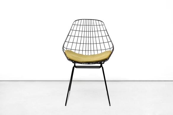 Pastoe Draadstoel Tweedehands.Vintage Pastoe Sm05 Draadstoel Met Kussen Van Ons