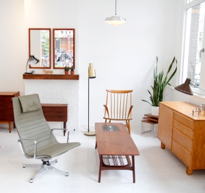 Winkel voor vintage design meubels VAN ONS Amsterdam West