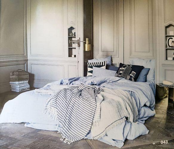 Mix interieur stijlen voor een persoonlijk interieur, Messing Jo Hammerborg Horizont wandlamp te koop bij VAN ONS