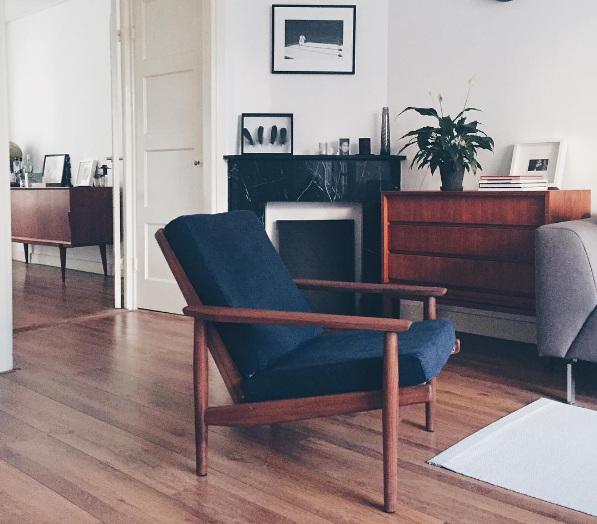 HAPPY COSTUMER: Teak Dutch design armchair Rob parry bought at VAN ONS Mid century design furniture