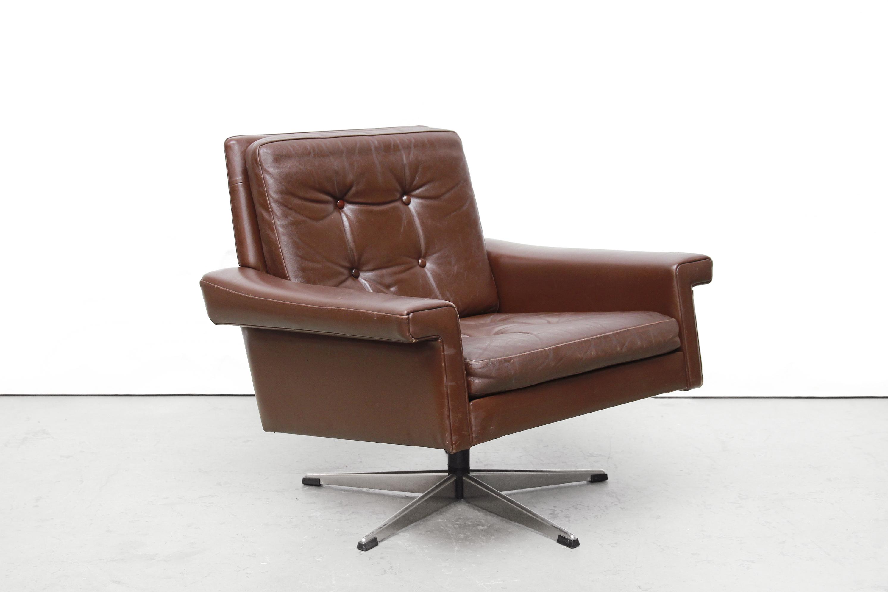 Bruin leren deens design fauteuil van ons