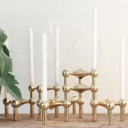 Stoff Nagel kandelaars candle holders Model S22 in brass messing for sale at VAN ONS mid century modern design furniture Amsterdam