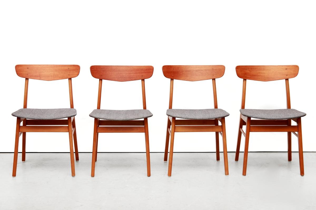 Dutch Design Eetkamerstoelen.Set Van 4 Deens Design Eetkamerstoelen Van Farstrup Van Ons