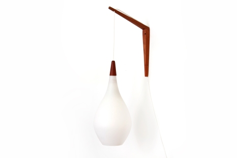 Vintage white glass Kastrup Holmegaard wall lamp the drop VAN ONS mid century modern design Amsterdam