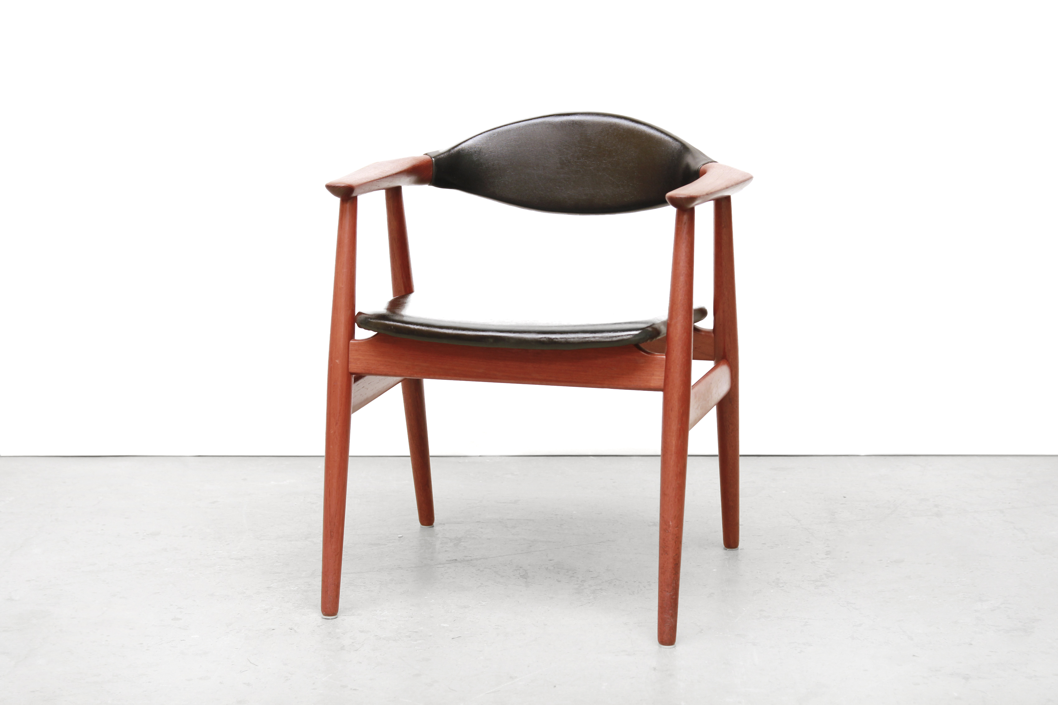 Teak bureau stoel van erik kirkegaard voor glostrup van ons