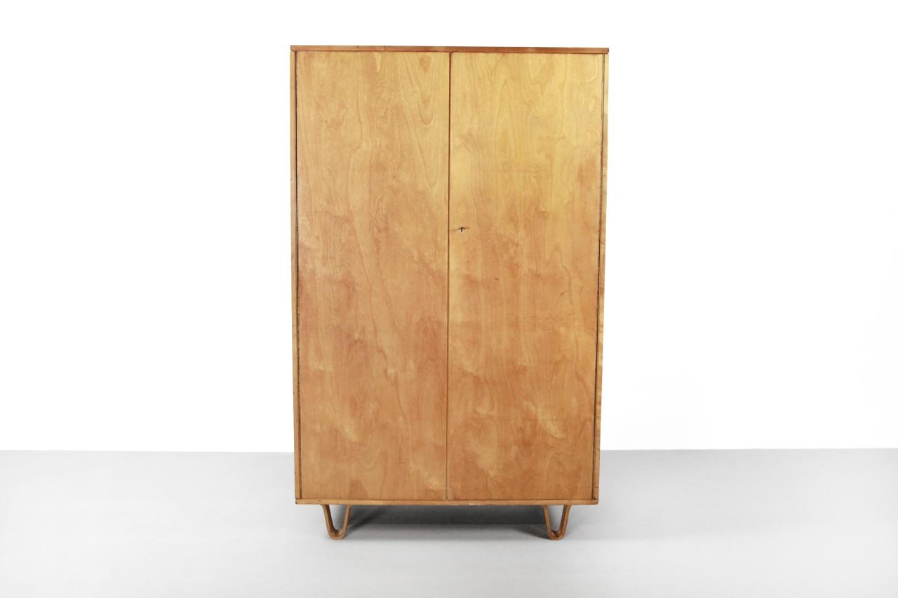 Wandkast Voor Kleding.Pastoe Berkenserie Kb01 Kleding Kast Van Ons