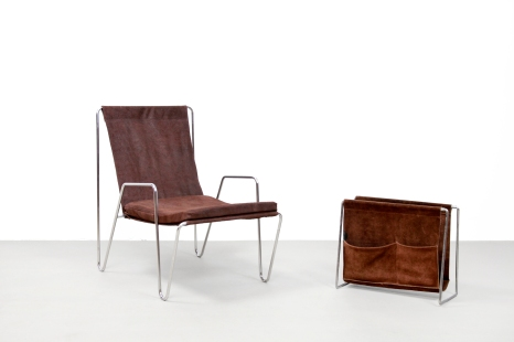 Unique and Rare Verner Panton Bachelor set lounge chair and magazine rack by Fritz Hansen