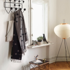 Hang it all Eames Bird Eames Occasional Table LTR Black Akari lamp
