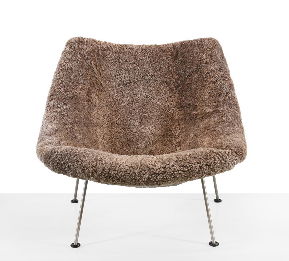 Artifort fauteuil VAN ONS
